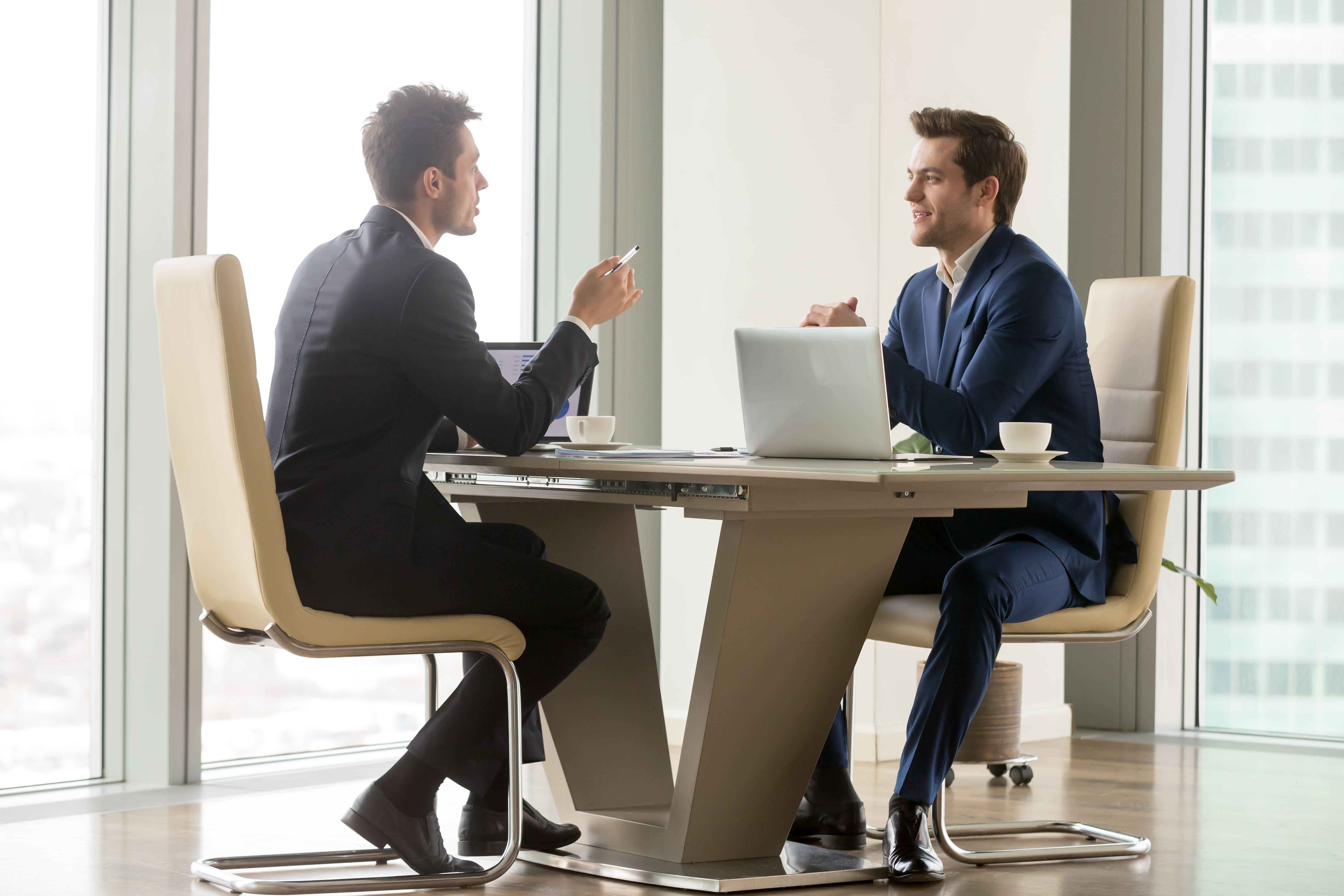 5 Dicas práticas para se tornar um bom ouvinte